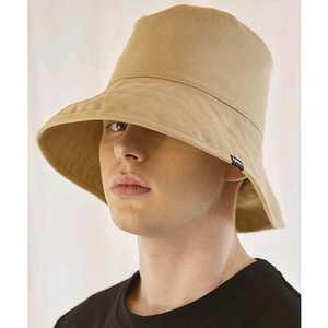 SIGNATURE UNISEX OVER BUCKET HAT[BEIGE]