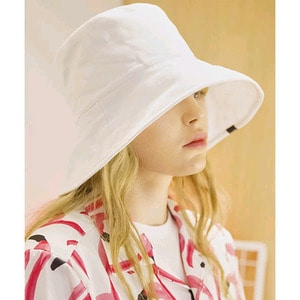 SIGNATURE UNISEX OVER BUCKET HAT[WHITE]