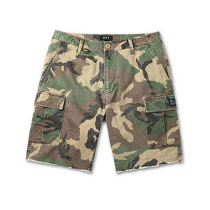 HUF STANDARD ISSUE CARGO SHORT WOODLAND CAMO