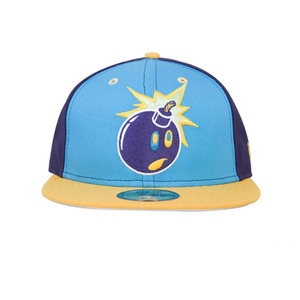 THE HUNDREDS BIZARRO ADAM NEW ERA [3]