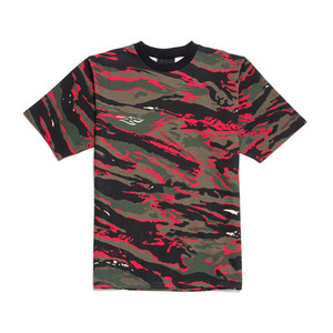 BLACK SCALE Red Camo Tee
