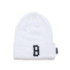 BLACK SCALE B Logo Beanie (White)