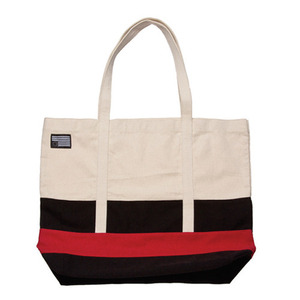 BLACK SCALE Tote Bag (Red)